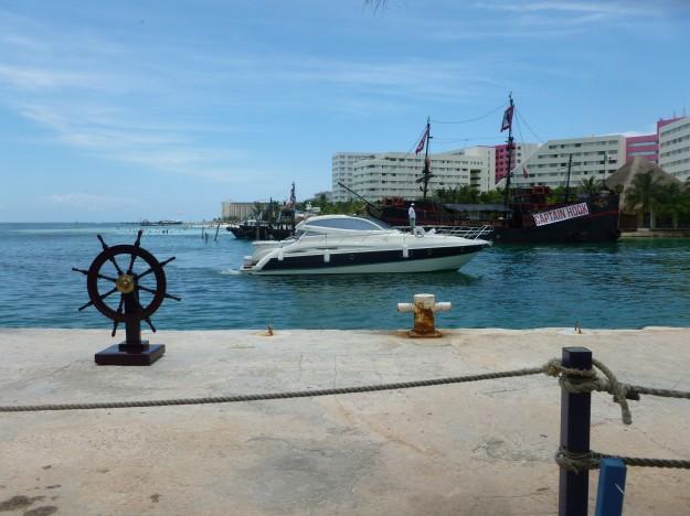 Playa Linda Ferry stop