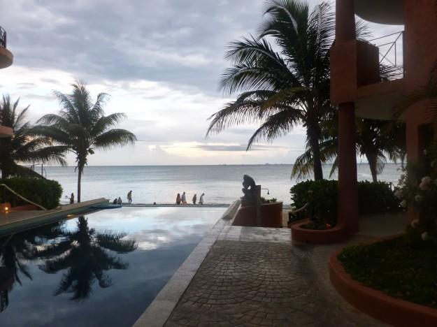 Luna Encantada Condo pool view