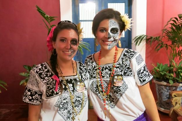 Painted Faces at Dia de los Muertos