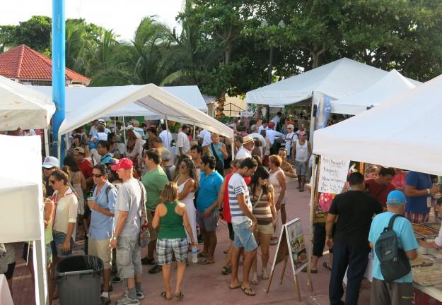 Crowds at Taste of Playa