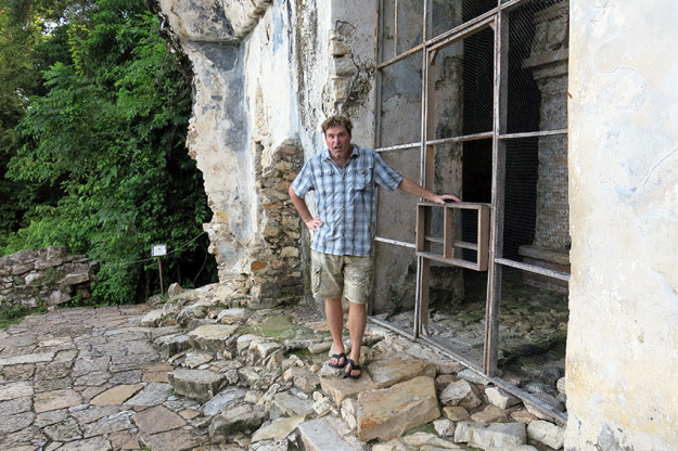 Jason at the top of Palenque ruins
