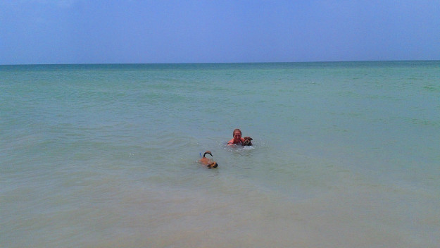 Telchac Puerto Swimming