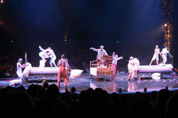 Cirque du Soleiul Corteo