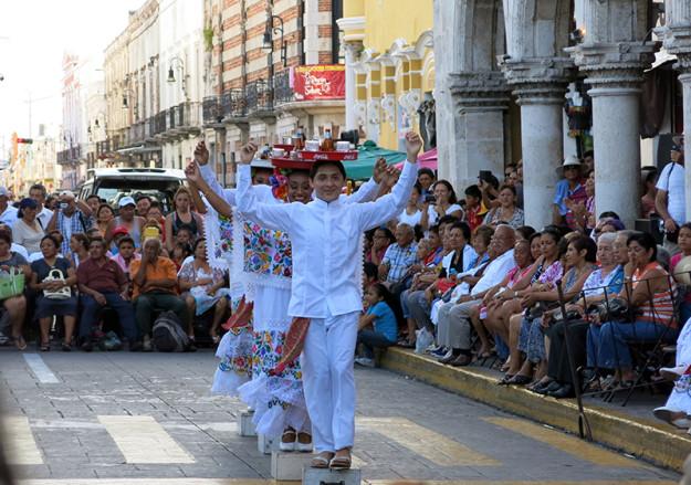 Traditional Yucatan Dancers