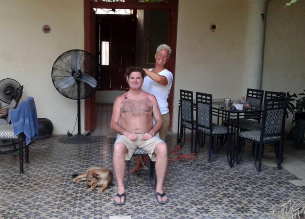 Haircut in Baca