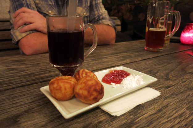 Glogg and aebleskiver