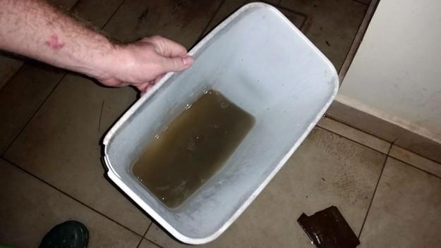 poop-water