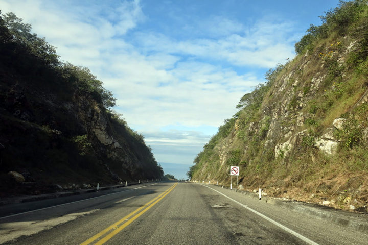 Driving from U.S. to Mexico